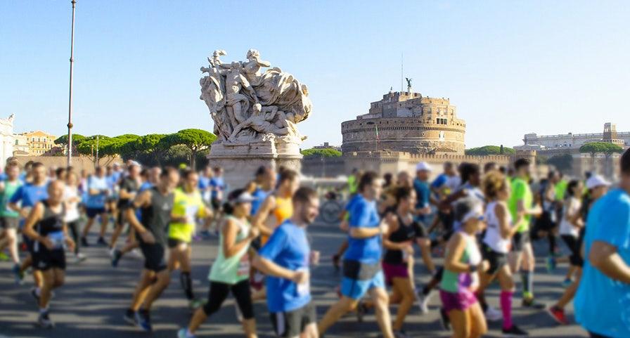 groupe de marathoniens à Rome