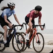 2 femmes cyclistes